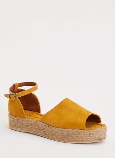 DeFacto Hasır Detaylı Sandalet Sarı